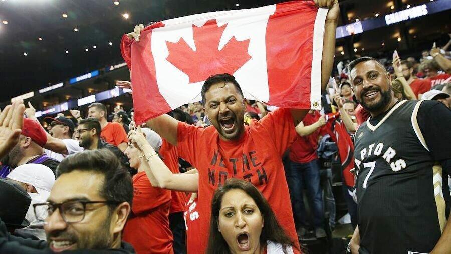 بسکتبال ، تورنتو رپتورز اولین فاتح غیرآمریکایی تاریخ ان بی ای شد