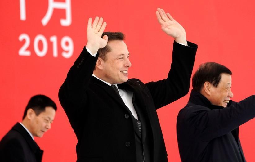 ایلان ماسک می گوید هوادار فعالیت های فضایی چین است!