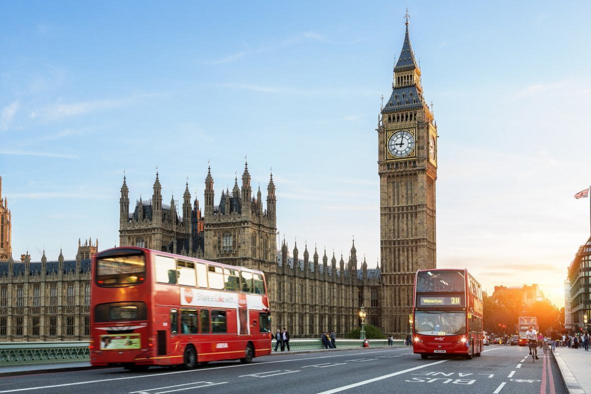 برج ساعت بیگ بن لندن (انگلیس)