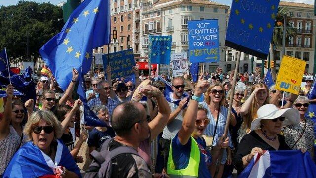تظاهرات انگلیسی های ساکن اسپانیا علیه بریگزیت