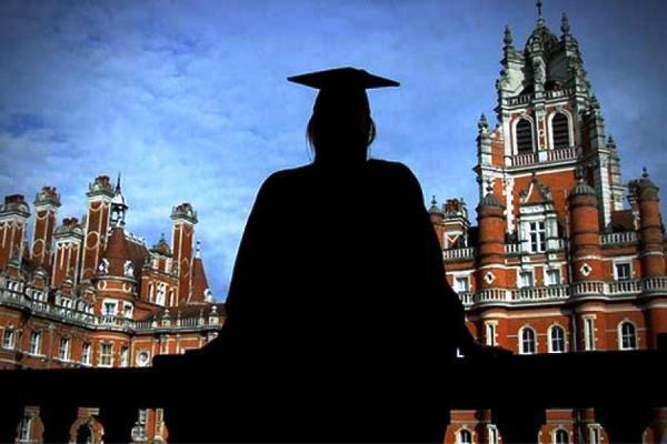 دانشجویان خارجی از دانشگاههای انگلیس می روند
