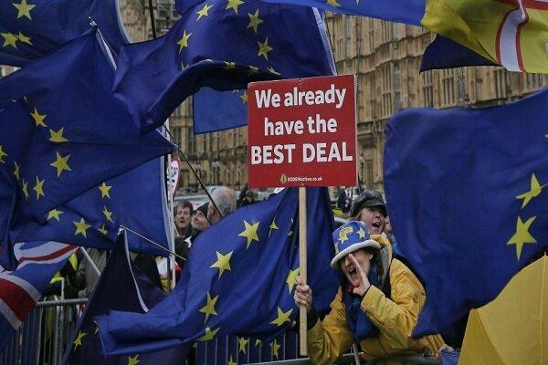 260 هزار نفر از مردم انگلیس خواهان برگزاری همه پرسی مجدد شدند